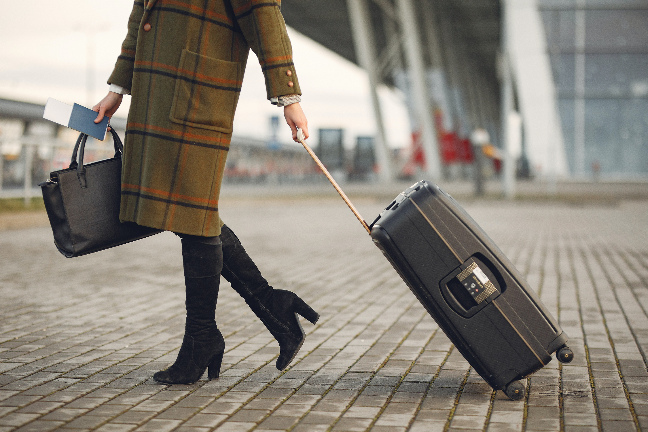 Want to Travel in 2021? Use These Budget-Friendly, COVID-Safe Tips